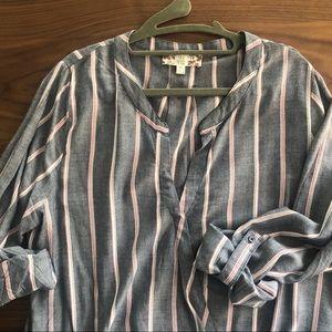 Pin striped hi-lo blouse